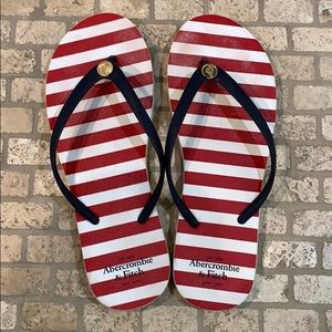 🎉5 for $25🎉 Abercrombie & Fitch Flip Flops